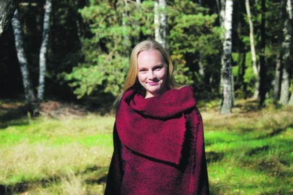 Rasa Glinskytė-Subačienė tikina norinti, kad žmonės suprastų savo rankų darbo prasmę. Martyno Leliūgos nuotr.