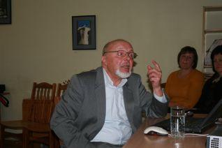Prof. Romualdas Juknys.