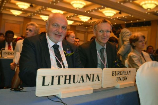 V. Mazuronis ir J. Potočnik.