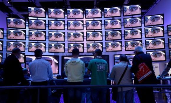 Šių metų pradžioje JAV mokslininkai paskelbė, kad televizijos produkcija ne tik neduoda jokios naudos žiūrovui kitoje ekrano pusėje, bet netgi stabdo žmonijos evoliuciją!  alloverpress.ee nuotr.